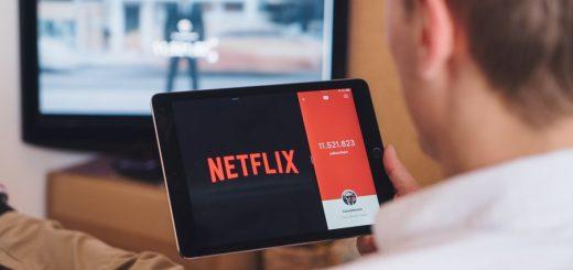 Se Den Grimme Ælling på Netflix